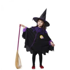 Witch girl dress in black and purple with black hat